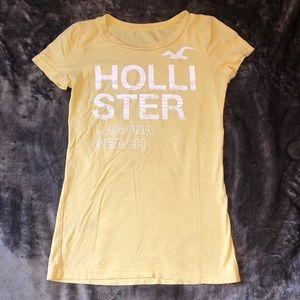 Hollister yellow tee laguna beach size XS